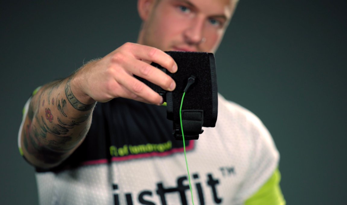 Content of the mobile Justfit Pirato EMS package
